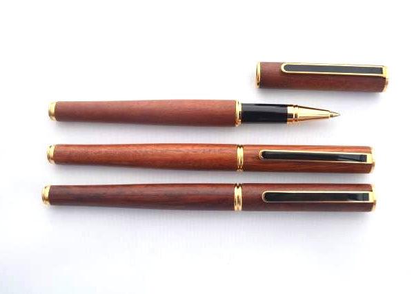 Jarrah Black Clip Rollerball Pens